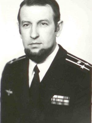 4 Один из командиров крейсера «Мурманск» капитан 1 ранга Вл. Пыков